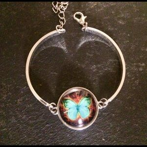 New 9.25 Sterling silver bracelet with butterfly
